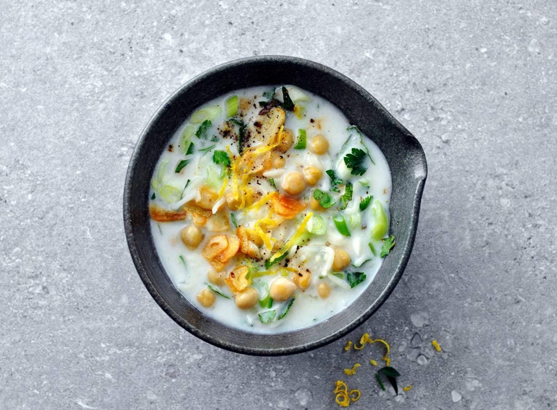 Perzische yoghurtsoep