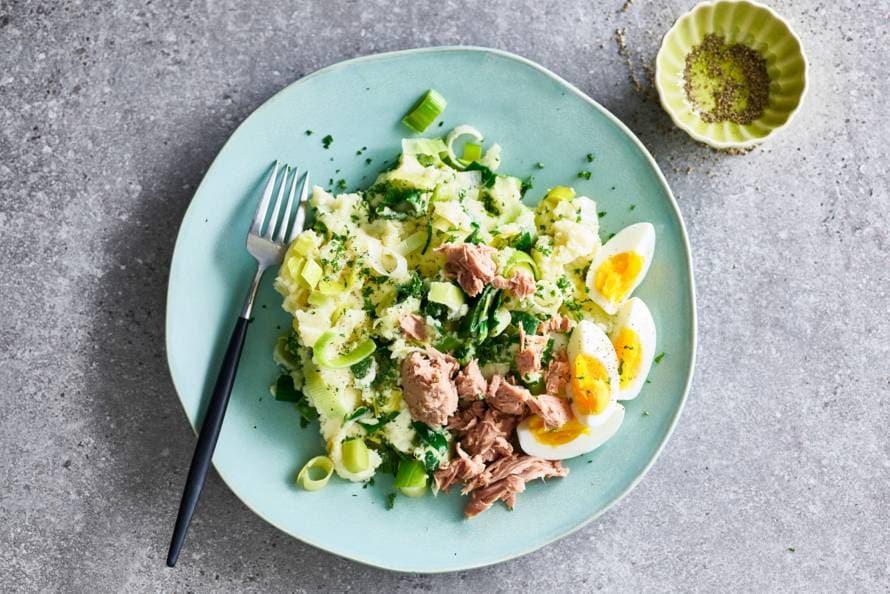 Preistamppot met tonijn & gekookt ei