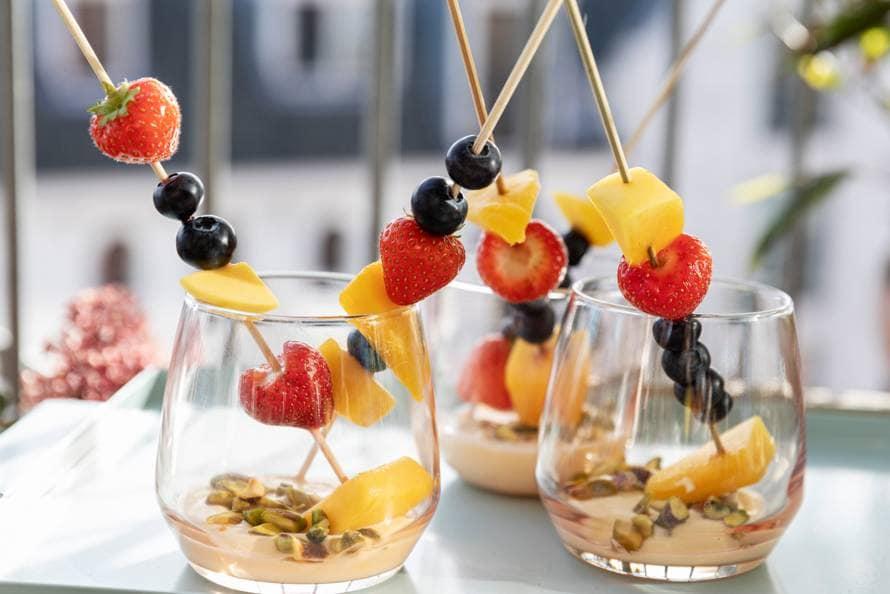 Fruitspies met lemon curd en pistachenoten
