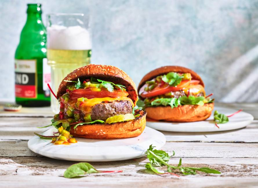 Beefburger op groentebroodje