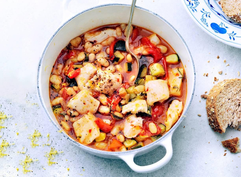 Zomerstoof met tomaat en pangasius
