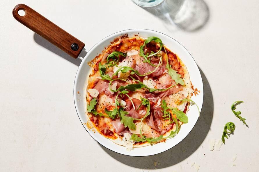 Piadina-panpizza met ham en rucola