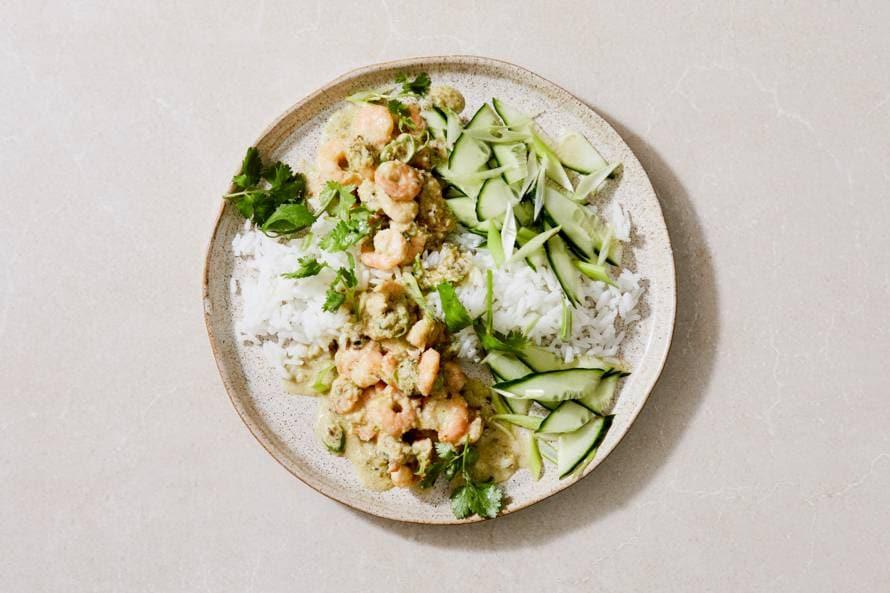 Thaise groene curry met garnalen en rijst