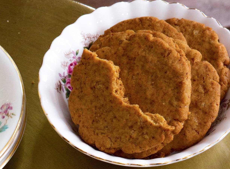 Ginger snaps (knapperige gemberkoekjes)