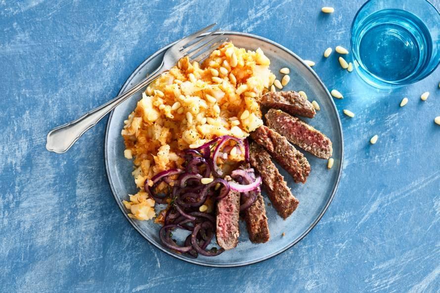 Knolselderijstamppot met steak de boeuf