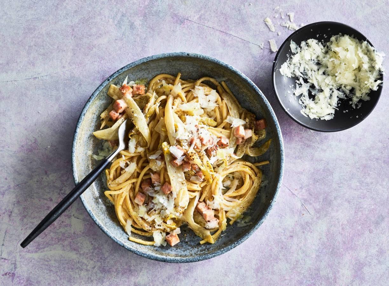 Spaghetti met romige witlof