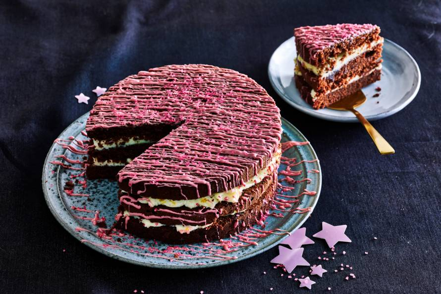 Chocolate-citrus-layercake met rubytopping
