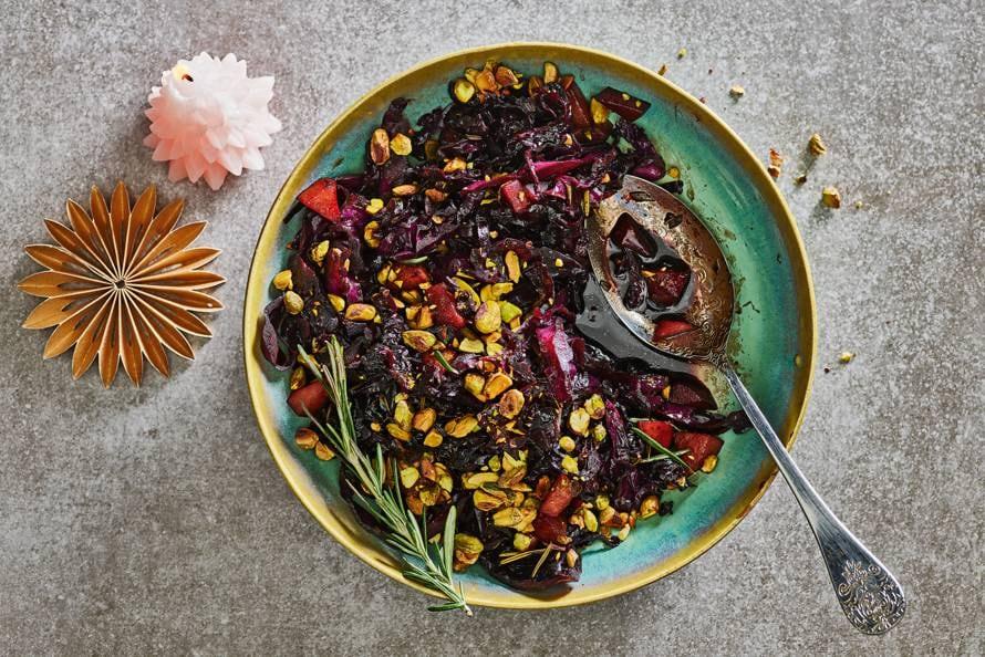Rodekoolstoof met peer en balsamicoazijn