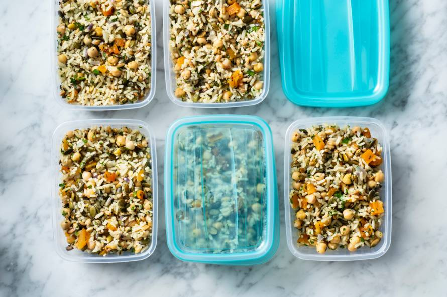 Mealprep met rijst, quinoa en kikkererwten