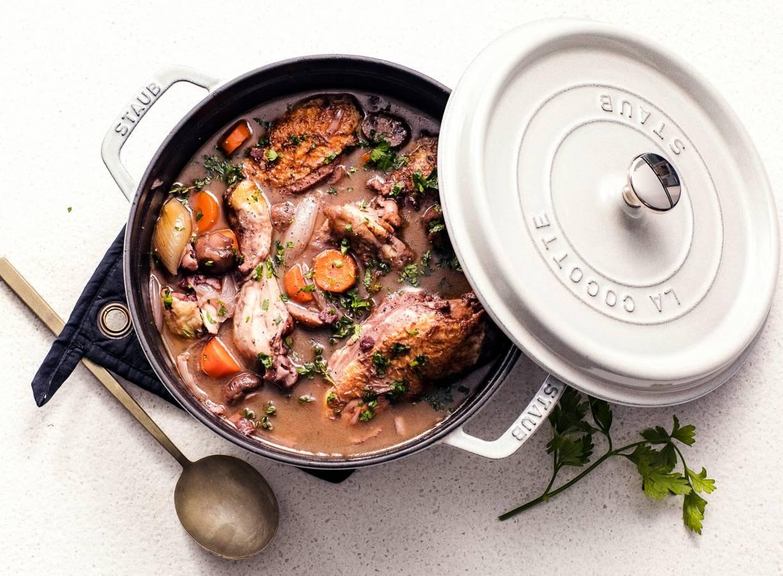 Coq au vin (kip in rodewijnsaus)