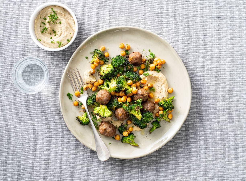 Runderballetjes met broccoli & kikkererwten uit de oven