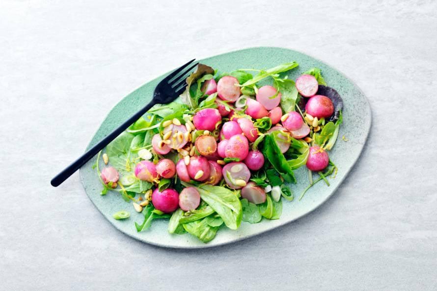 Lauwwarme salade met gebakken radijs