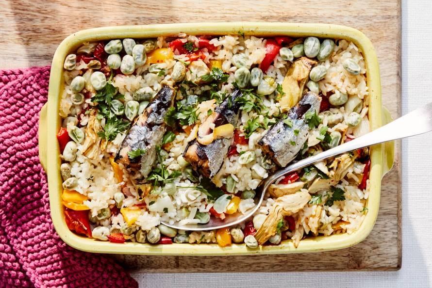 Ovenrijst met tuinbonen, artisjok en sardines