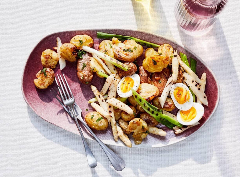 Aardappeltjes met gegrilde asperges
