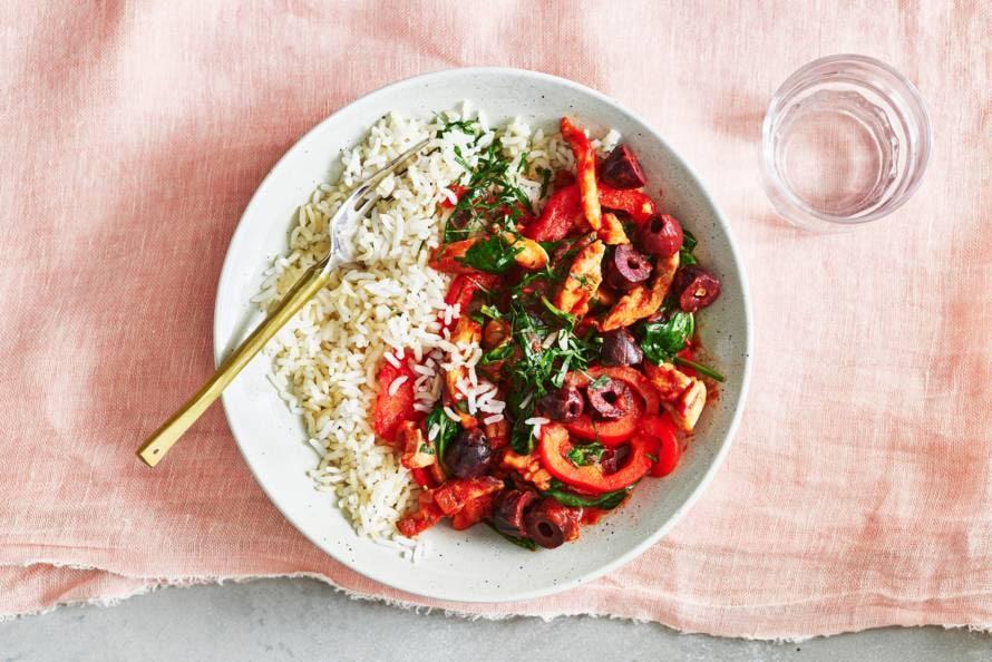 Kip-paprikastoof met halfvolkoren rijst