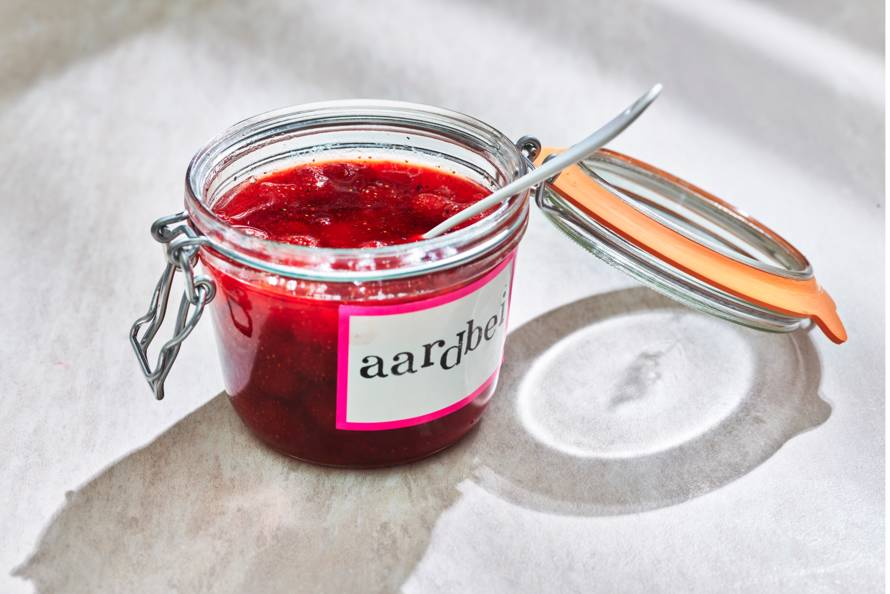 Snelle aardbeienjam met vanille