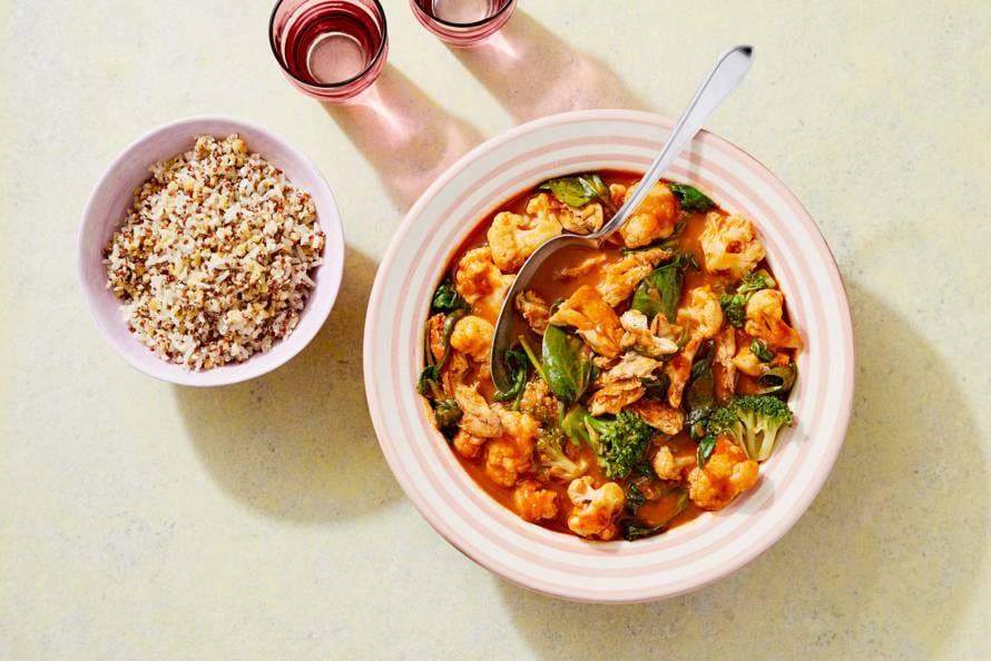 Vegacurry tandoori met  groene groenten en quinoa