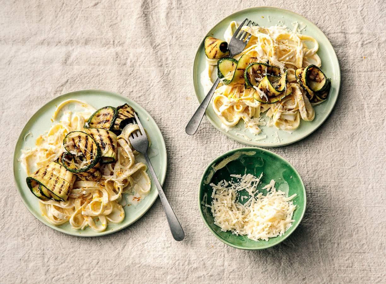 Romige pasta met courgette