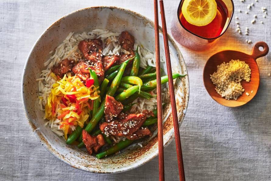 Kip ketjap met sperziebonen en rijst