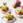 Tomatentartaar met avocado, mango en gerookte kipfilet