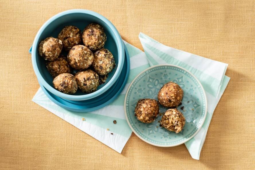 Bliss balls met pindakaas en chocolade