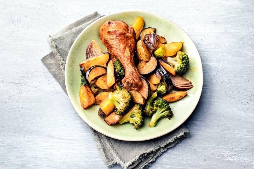 Aardappeltjes uit de oven met kip en broccoli