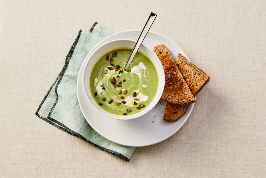 Groene-groentesoep met andijvie