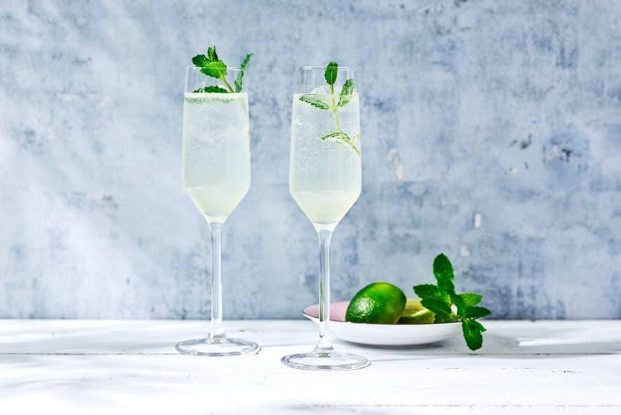Gin vlierbloesem-limoen fizz