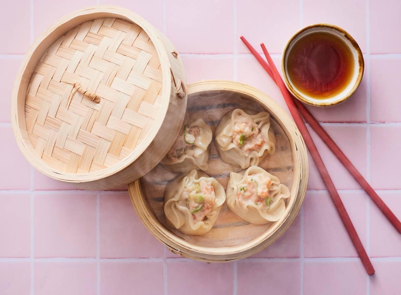 Open dumplings met garnalen in Siu Mai-stijl