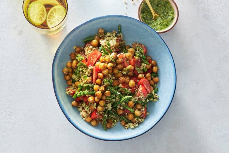 Salade van kikkererwten met quinoa