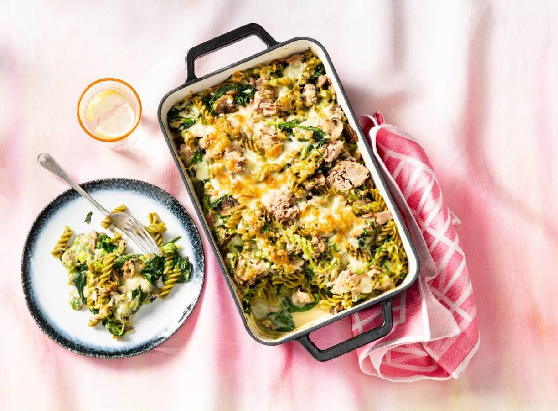 Koolhydraatarme ovenschotel met tonijn en champignons