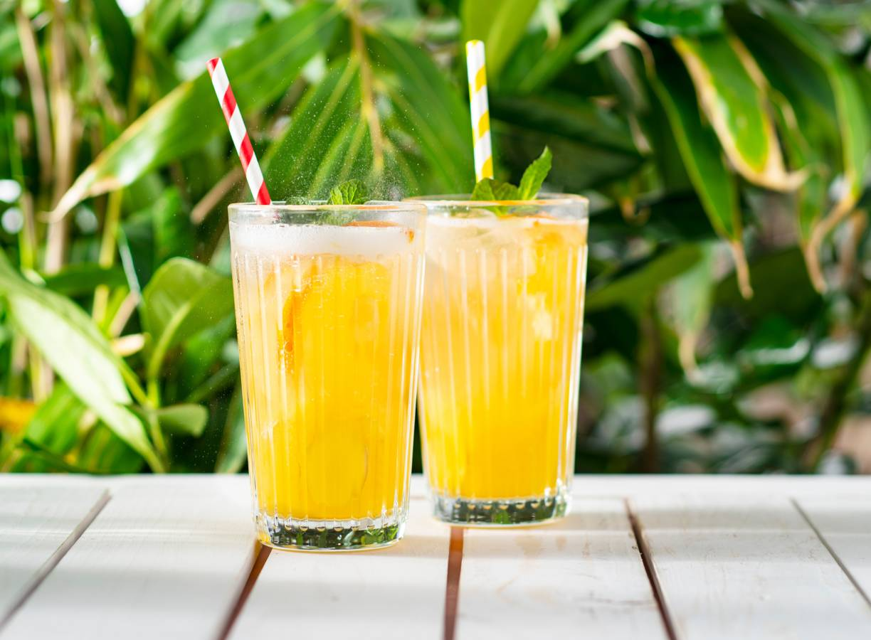 Ginger beermocktail met mango en munt