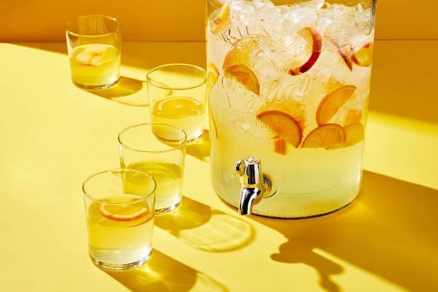 IJsthee met sinaasappel en perzik