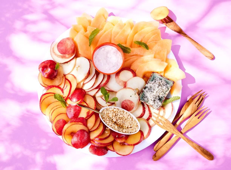 Zomerfruit met muntsuiker