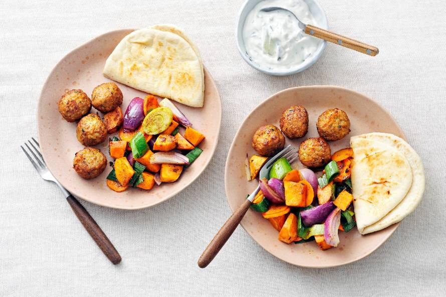 Flatbread met falafel en tzatziki