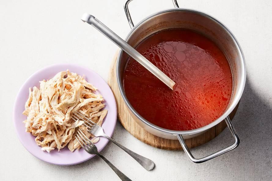 Kipfilet in bouillon